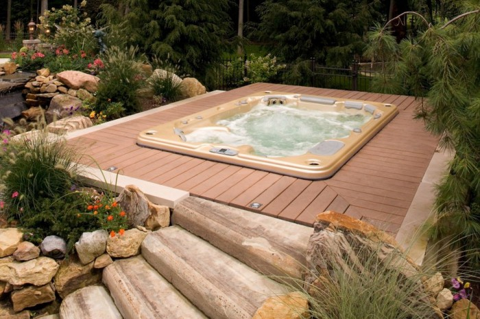 Le jacuzzi d 39 ext rieur enterr for Piscine en bois a enterrer